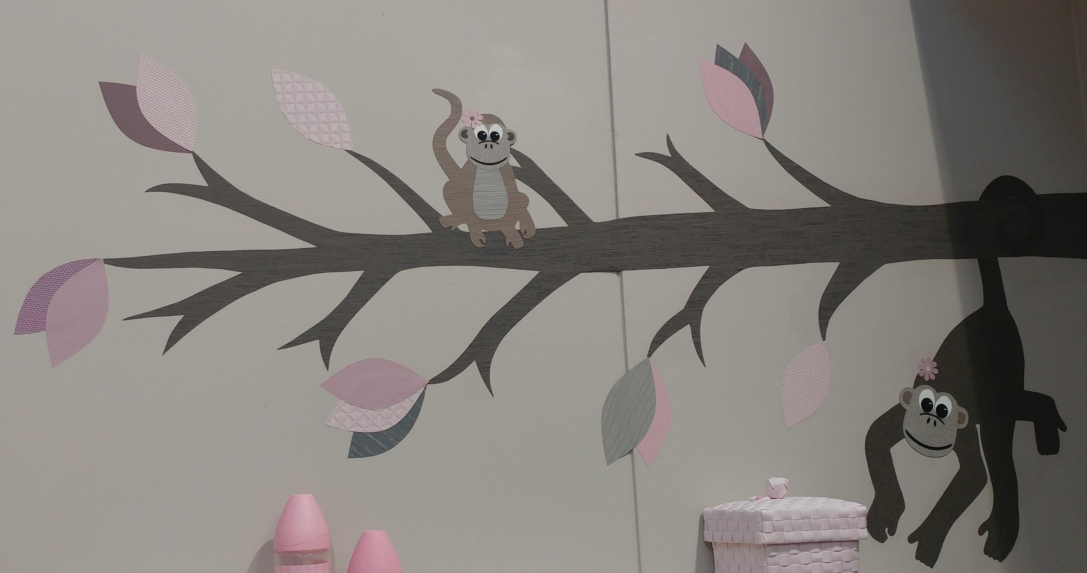 Babykamer In Hoek : Sierlijke behangtak hoek u uiltje boompje beestje