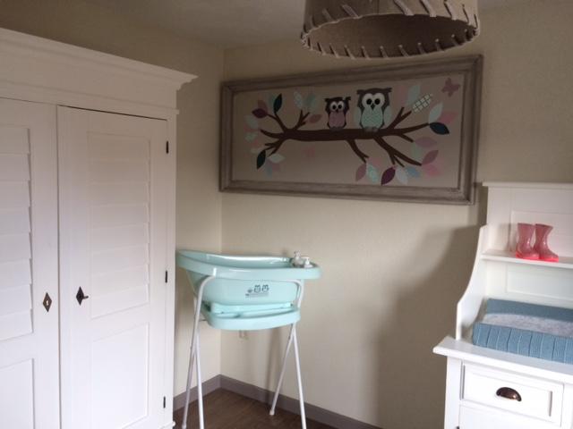 stoffen decoratie babykamer kinderkamer uil knuffel kleuren baby behangtak