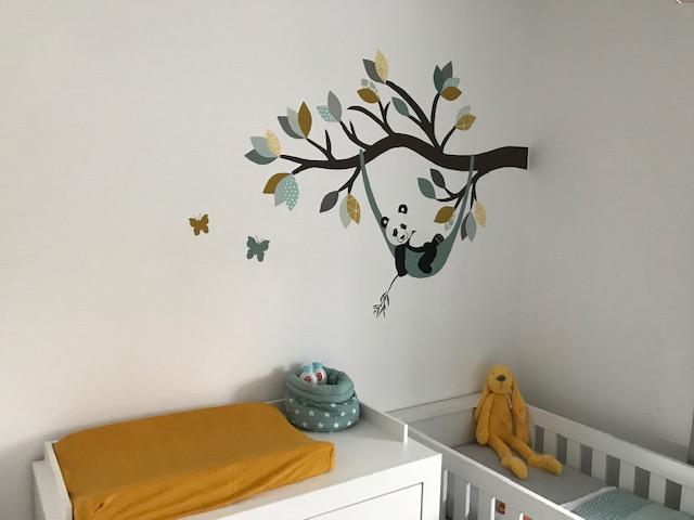 Panda behangdecoratie babykamer behang pandabeer muurdecoratie baby okergeel