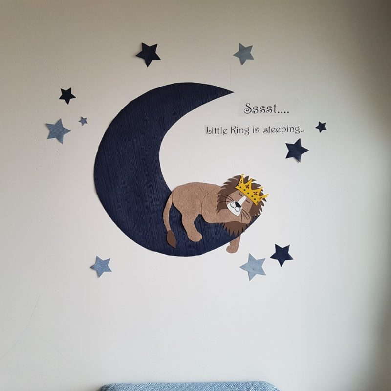 Leeuw behangdecoratie muursticker lion behangbeest babykamer kinderkamer lion king maan sterren behang kroon baby